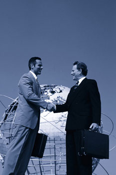 Guys shaking hands - Contact us today and discover the solution to all your networking and IT problems.